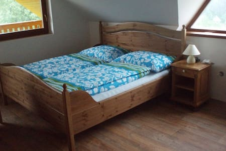 18m2 Guesthouse-room near Greenway - Sedlec-Prčice