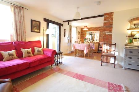 Granary Cottage - Suffolk - House