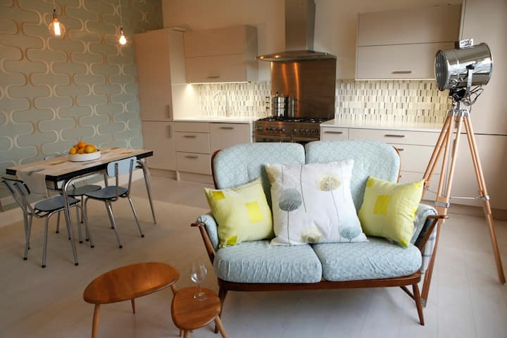 Stylish 1-bed apartment in lovely Belsize Park