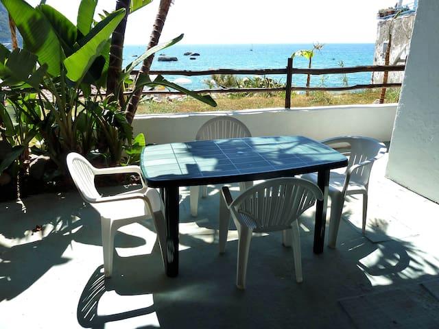 Appartement dans résidence à 50 mt. de la mer