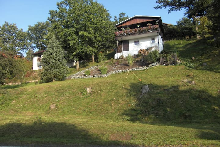Ferienhaus im Edertal zu vermieten. - Hatzfeld (Eder) - Hus