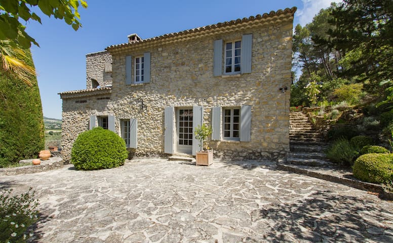 Charming french house in Provence