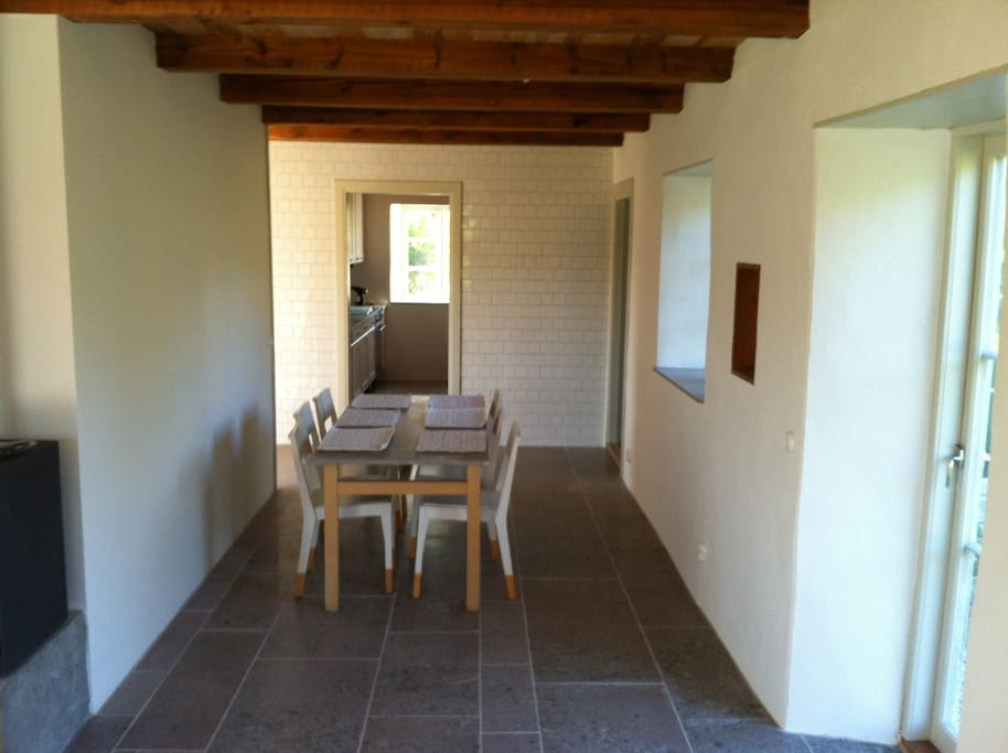Dinning room located in axess to kitchen and terrace.