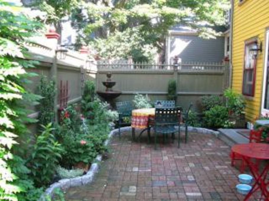 Private patio/garden.