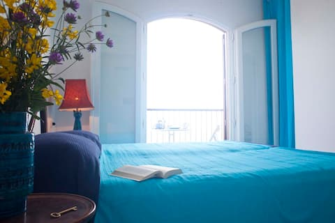 Studio Blue Room in Castellabate