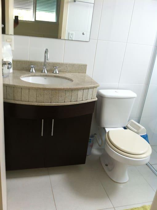 banheiro da suite casal