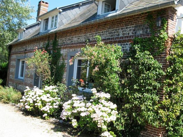 House 600meter from sea StAubin/mer - Saint-Aubin-sur-Mer - House