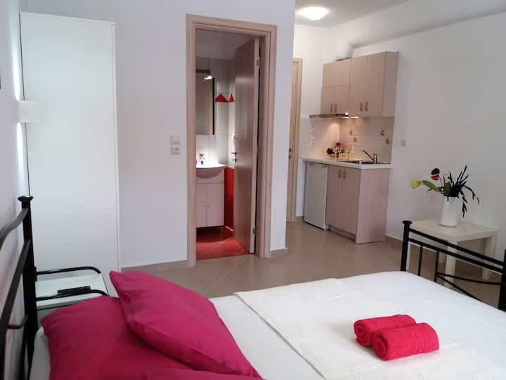 Naxos Diamond Economy Triple Room