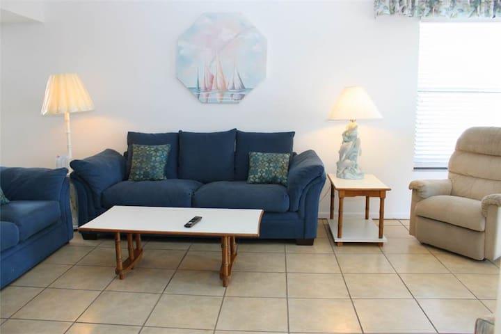 #504 Beach Place Condos - Madeira Beach - Apto. en complejo residencial