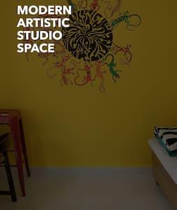 Modern, Artistic Studio Space