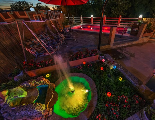 UNIQUE COLORFUL FOUNTAIN & COLORFUL HEATED POOL