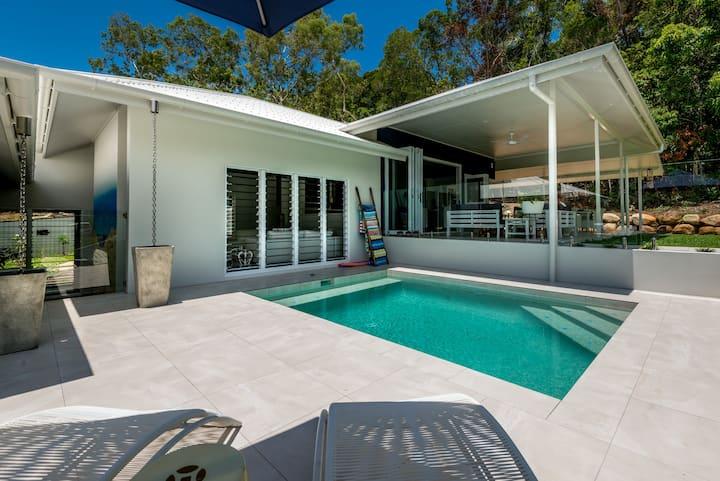 Beautiful  luxury coastal home close to beach