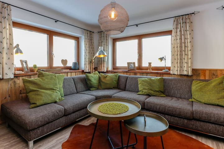Cozy Holiday Home in Rauris with Garden