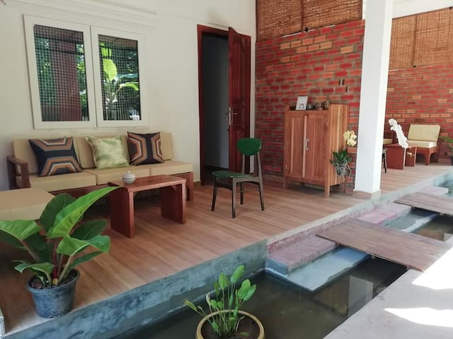 E. STUDIO IN TOWN+ BIG DISCOUNT FOR LONG TERM STAY