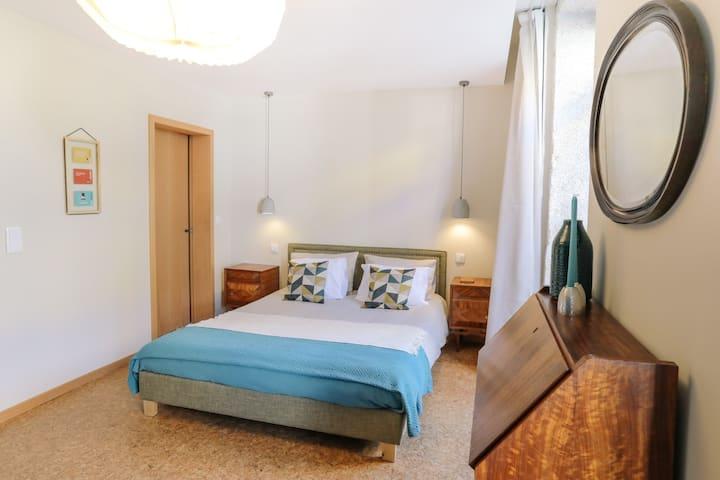 guest house EÇA AGORA! - suite O MANDARIM - 26m²