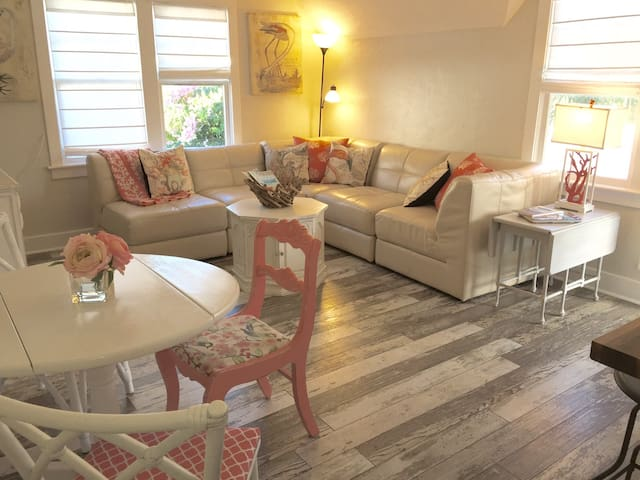 The Pink Flamingo Cottage - Lake Worth - Wohnung