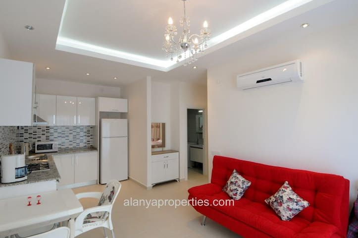 Mountain View 2-room luxury apartment - Avsallar Belediyesi - Apartment