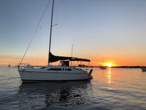 Hunter 26 Sailboat