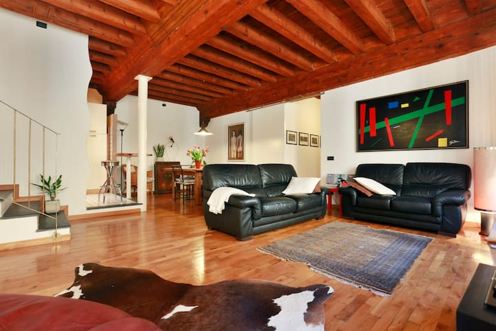 Apart. Corsaro 2 bedrooms 2 baths/Lucca central - Lucca - Appartement