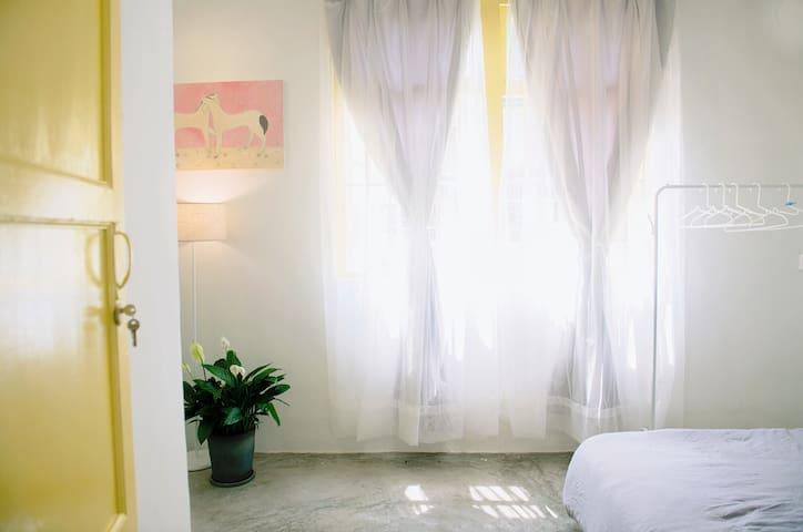 潮州老城区牌坊街中山路独栋【圆点一屋】安静舒适的小房子