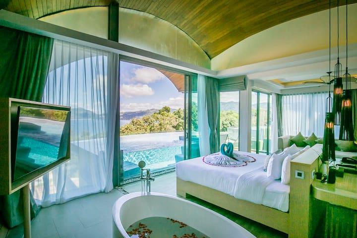 Luxury Seaview Pool Villa for Honeymooner