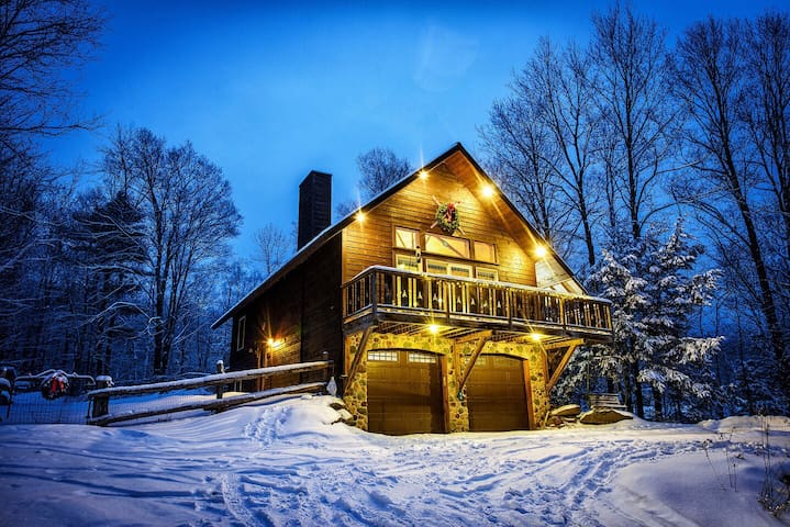 Secluded Chalet in West Bolton