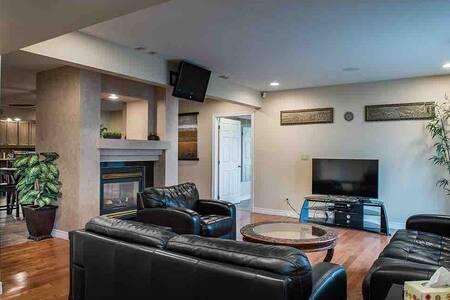 Executive Condo Suites