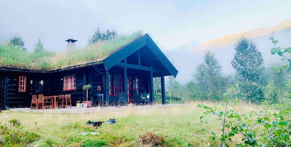 Sirdal - Peaceful cabin in great surroundings