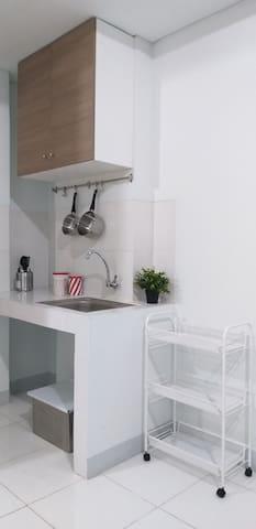 A quiet homy apartment