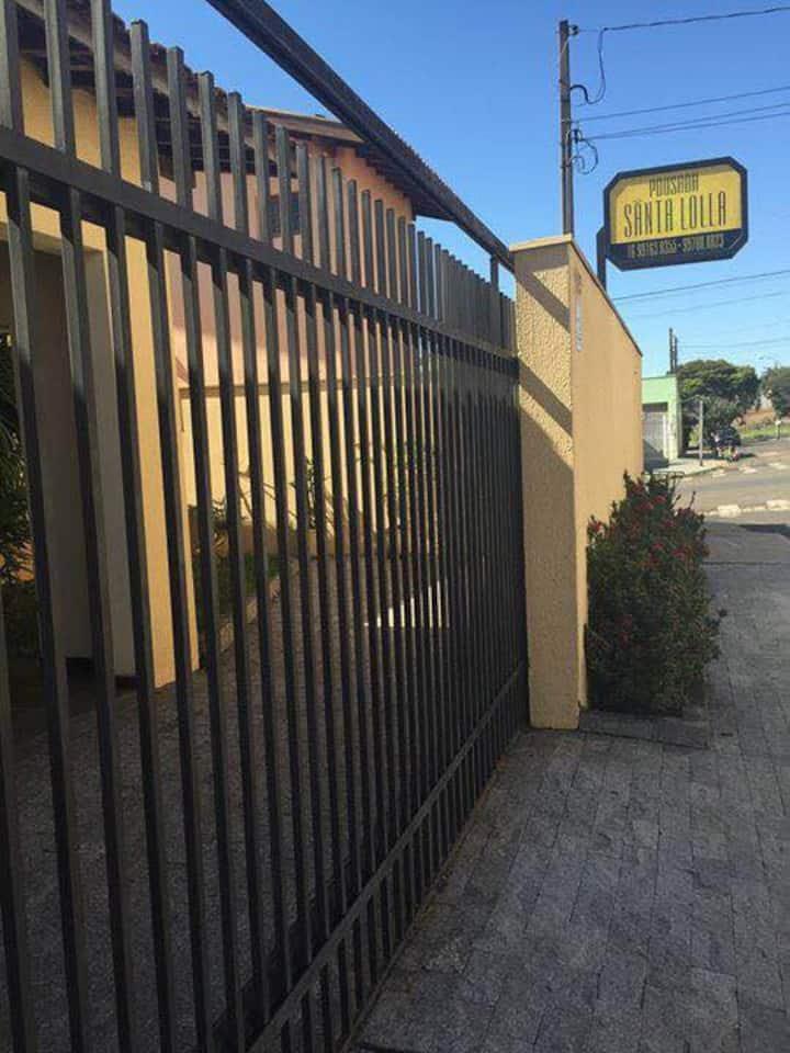 Hostel Santa Lolla