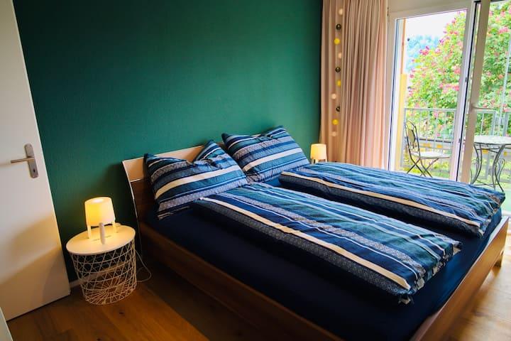 HAPPY- Zimmer mit Balkon - Smaragd