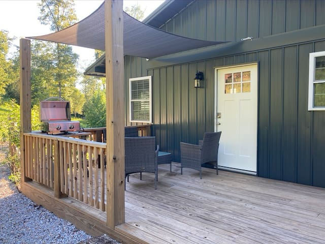 Hillside Retreat at Kelly Hollow Farm