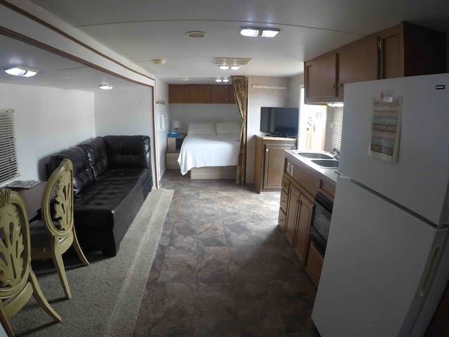 Independent & Beautiful Trailer RV for great stay