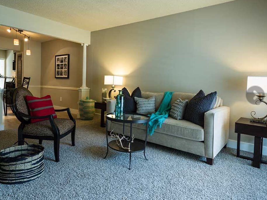 Cozy 2 Bedroom Next To Pats Hotel Apartments For Rent In Houston Texas United States