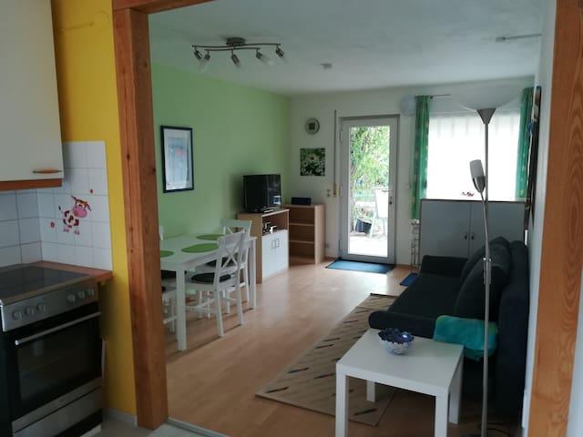 Gemütliche 2-Zimmer-Wohnung bei Karlsruhe