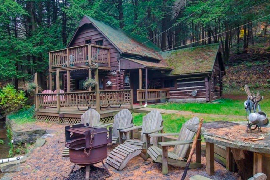 Wildlife Watching from your deck. We see Black Bears, Deer, Wild Turkeys.