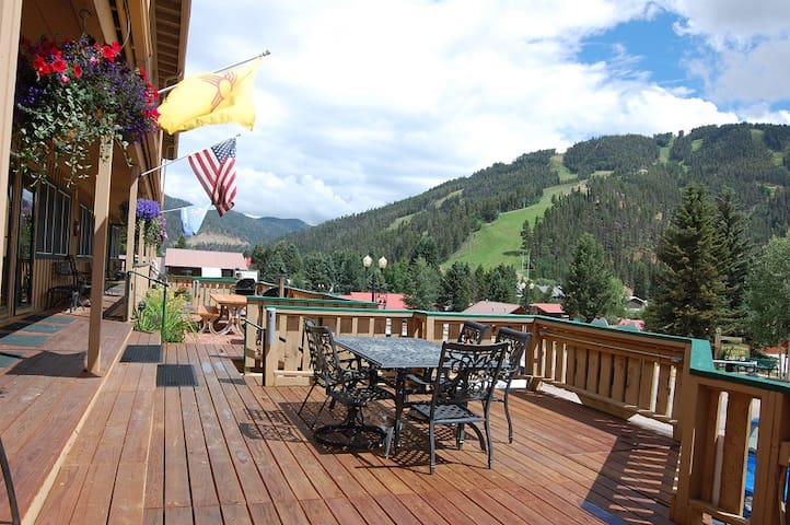 Ski View Condo Lodge #1 - In Town, On Main Street, End Unit, WiFi, Cable, Wood Burning Fireplace,Trailer Parking In Back, Patio`s with Gas Grills and Patio Furniture, Commons Area With Game Room and Laundry Facility, View of Ski Mountain