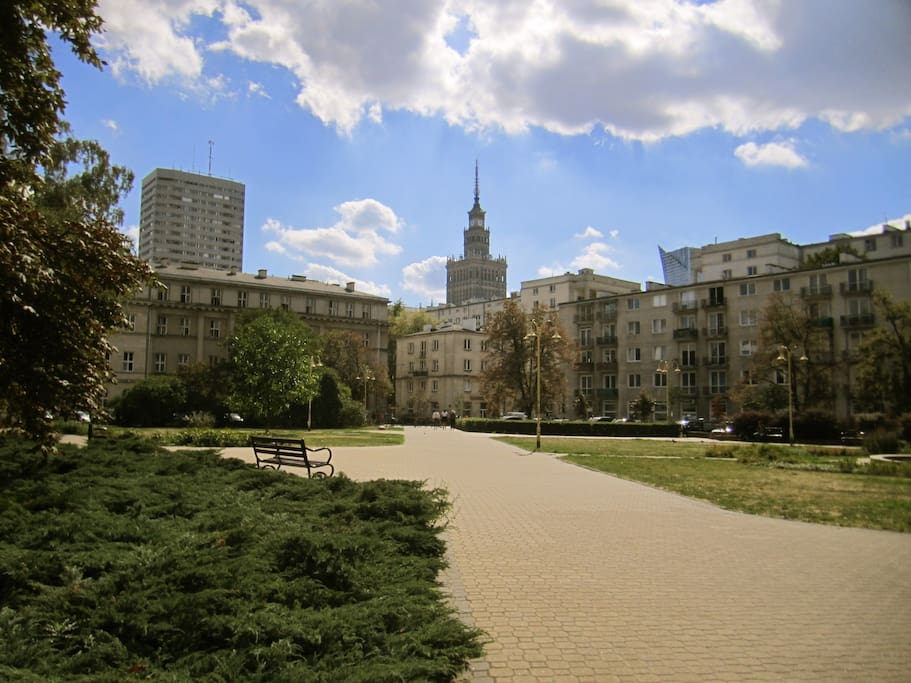 Plac Dąbrowskiego, widok na Pałac Kultury