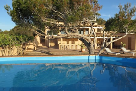 beautiful villa with pool - Sant Ferran de Ses Roques