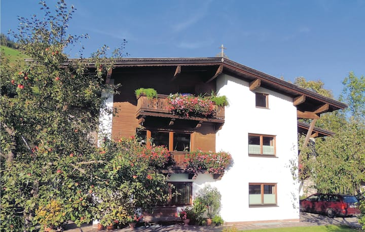 Holiday apartment with 2 bedrooms on 95m² in Niederau