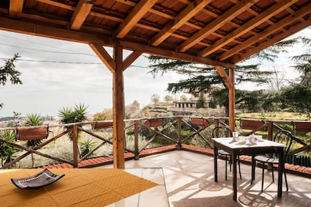 Villa immersa nel verde dellEtna - Piedimonte Etneo