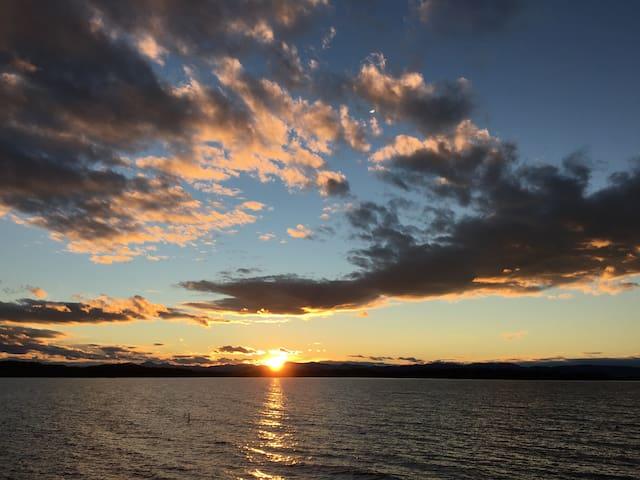 Lakefront minutes from Burlington - South Burlington - Maison