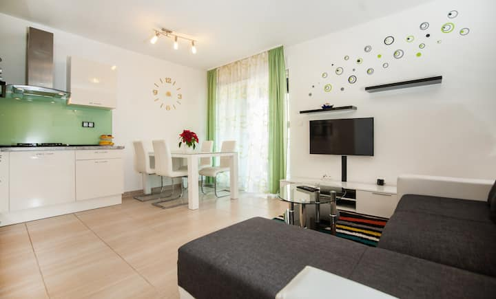 Apartment Nika near Split