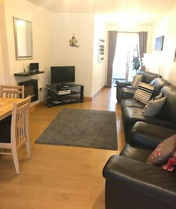 Modern 3 bed town house