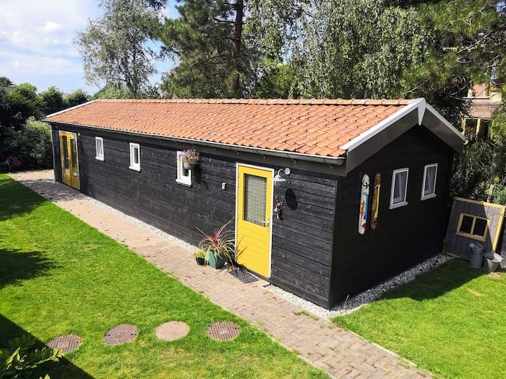 ✿ B&B ✿ Lodge with sunny terrace ✿ incl Boat