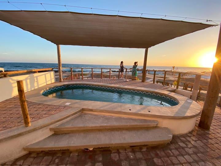 Casa en la Playa Frente al Mar en Nuevo Altata.