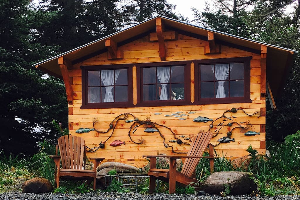 The Fisherman's Cabin is our newest on the property, it maintains our signature rustic and artistic charm!