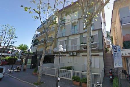Accogliente appartamento al Mare - Gabicce Mare - Apartamento
