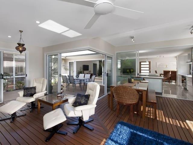 Sunroom and indoor/outdoor entertaining