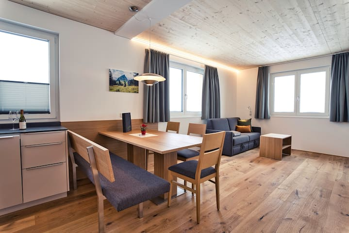 Rössle Appartements  Top 1 oder 5 (64 m2)